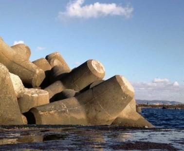 Tetrapods The Superheroes of Coastal Defences